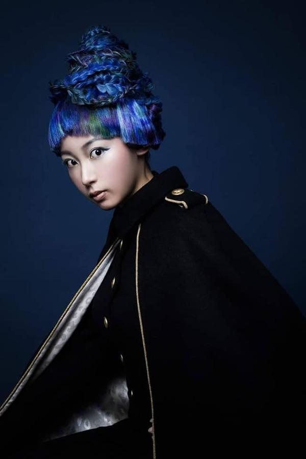 hair 山田磨由美  make TOSHI  colorlist 大嶋皓基 009のサムネイル